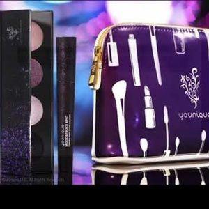 Best Xmas gift!!! Quad pallet, mascara & bag!!